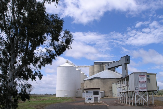 Inland grain storage